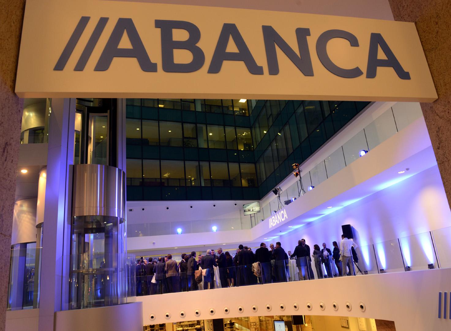 Abanca abre una nueva oficina de empresas en vigo - Material de oficina vigo ...