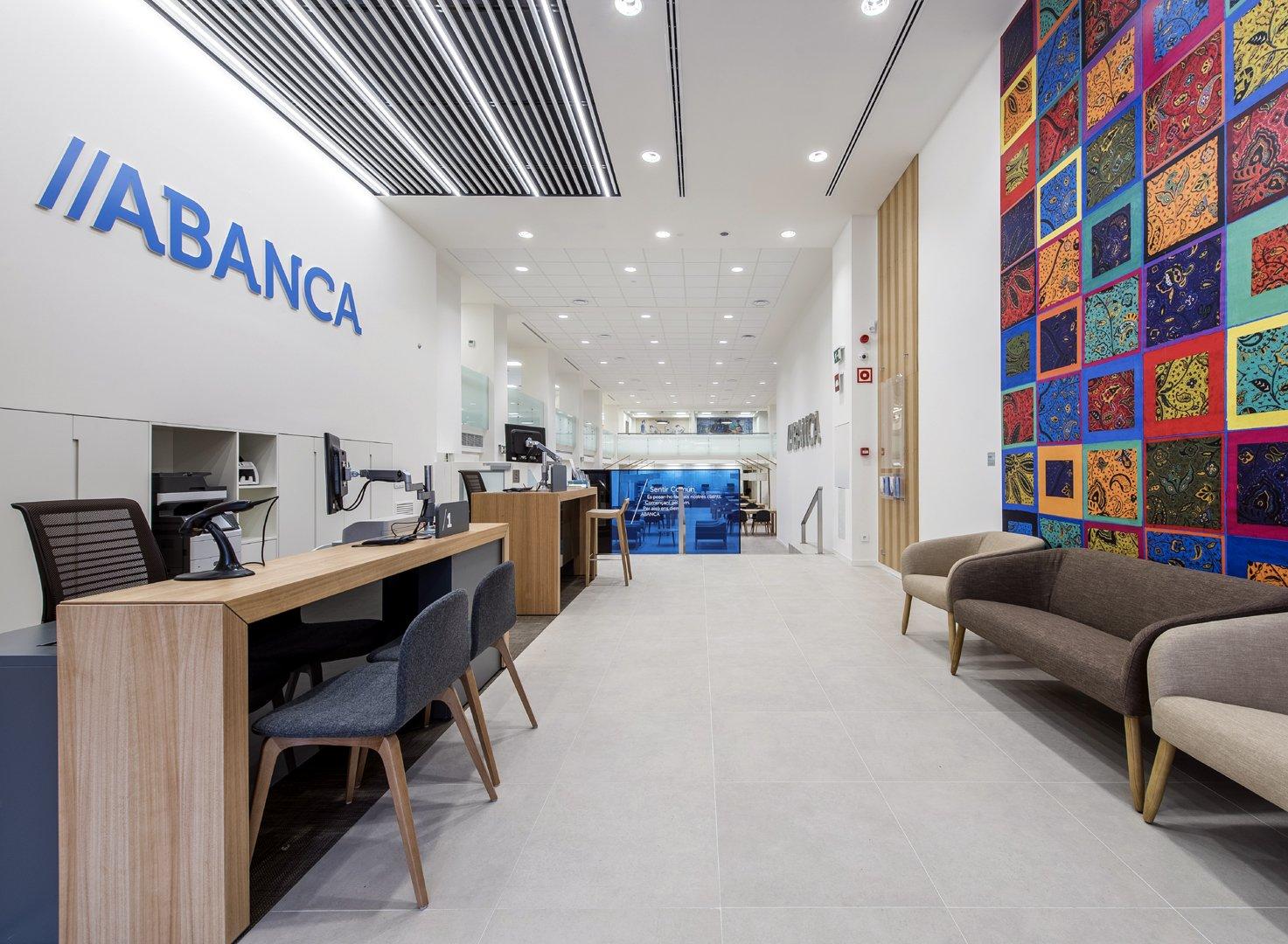 Abanca Estrena En Barcelona Su Nuevo Modelo De Oficina